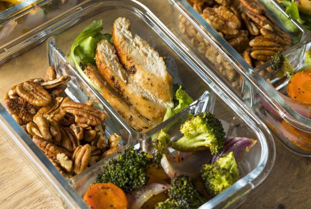 Reasons Why You Should Meal Prep, Benefits of meal prepping and why meal prep is good #mealprep #mealplan #mealprepideas #mealpreptips #mealpreplife #mealprepsunday #healthymealprep #easymealprep